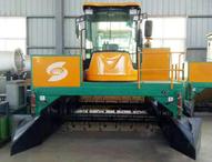 堆肥發酵翻堆機-2300履帶式翻堆機